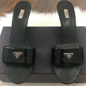 Patent leather Prada sandals. Size 41